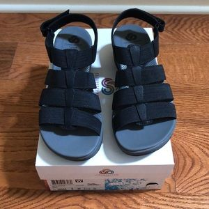Cloudsteppers by Clarks Arla Shaylie sandals sz 9M